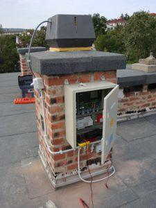 Gyűjtőkémény elszívó ventilátor telepítésével
